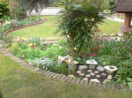 Parterre de fleurs au gîte Clos des Gardons